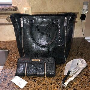 NEW Michael Kors bag w/ wallet !!